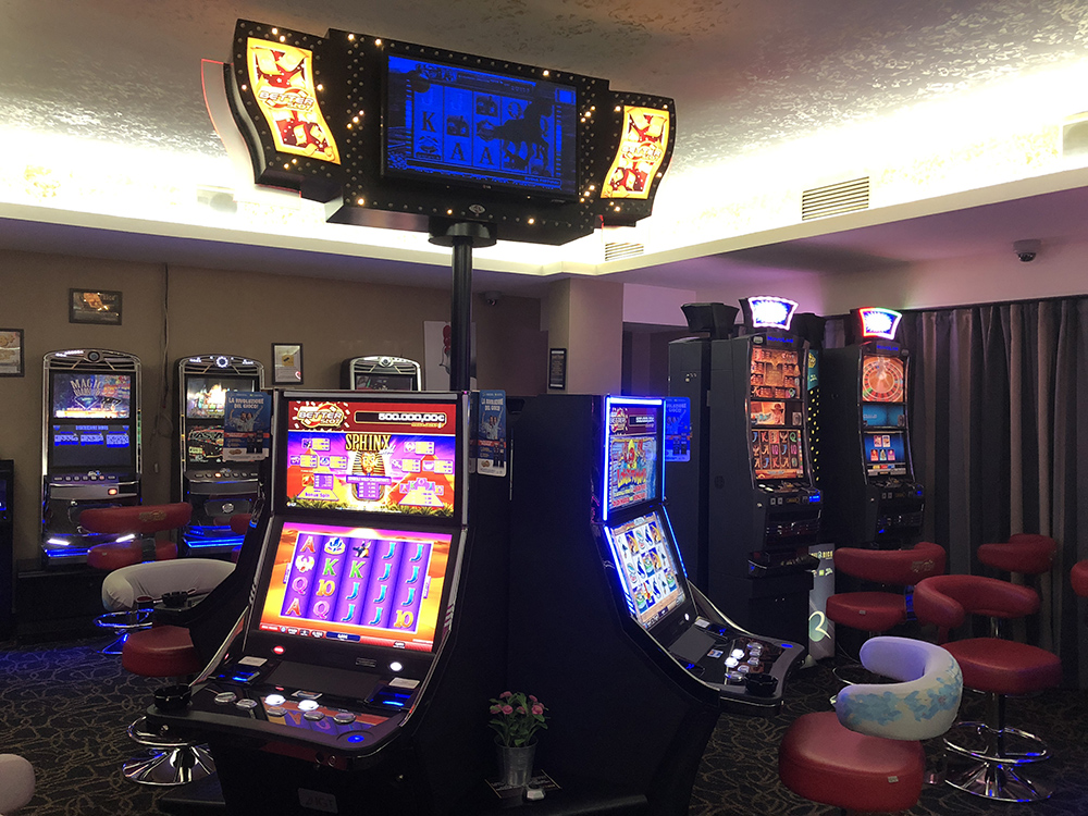 sala video slot planet rich spinaceto
